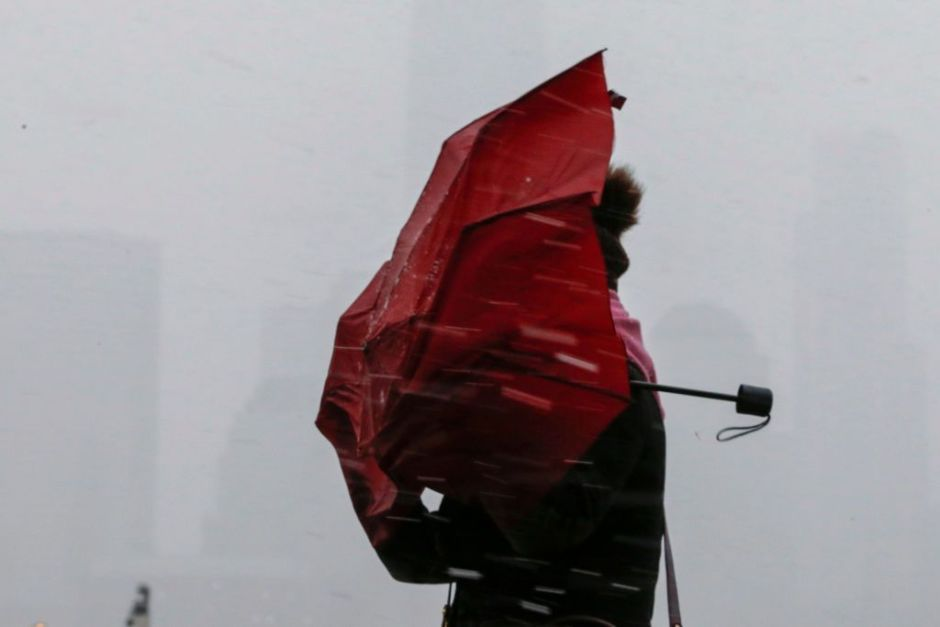 There are warnings of strong winds emitted for the mountainous areas of SoCal