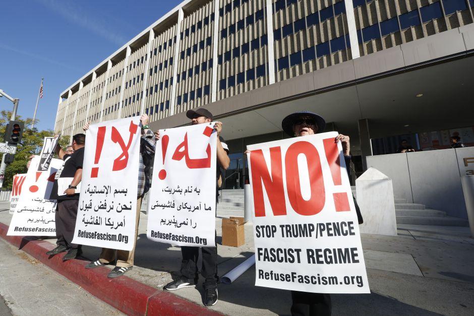 Members of RefuseFascism.org during a previous protest. (Aurelia Ventura / La Opinion)