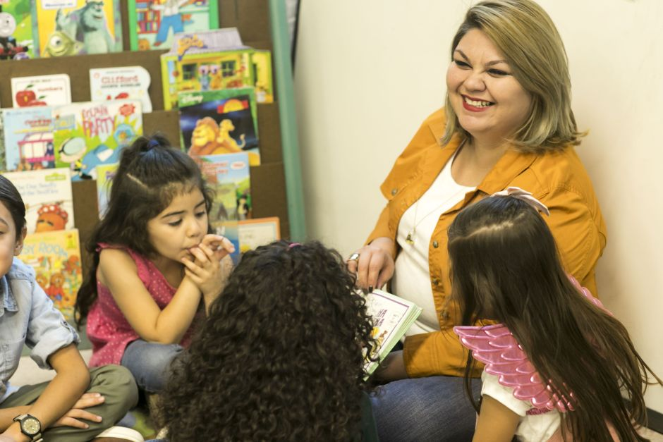 Latin woman, daughter of immigrants, hopes to represent the 38th district of California