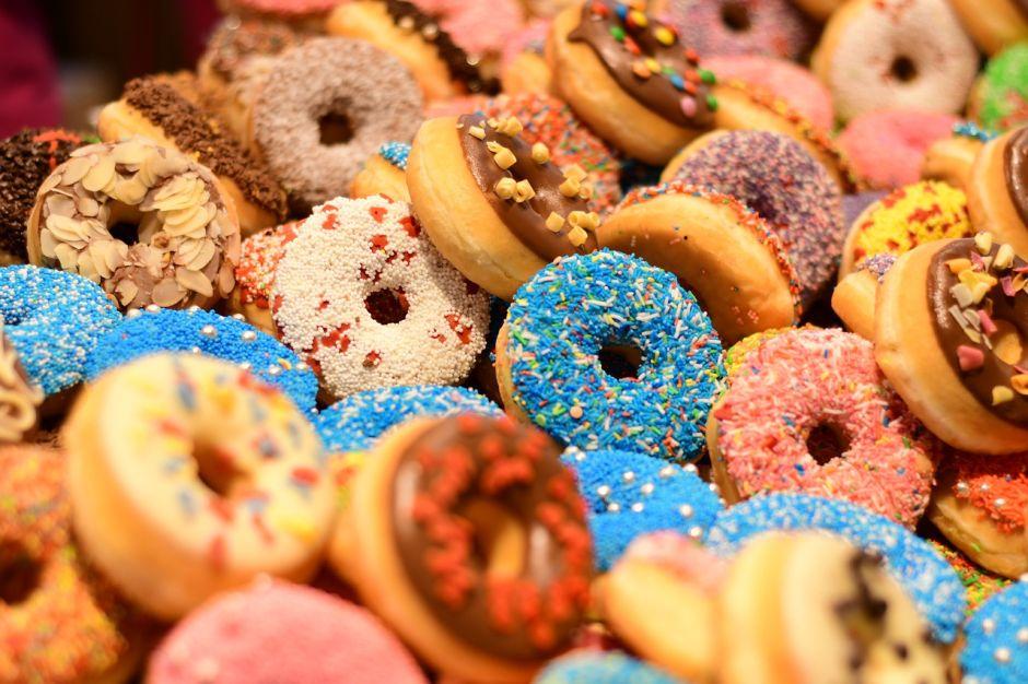 Iconic Westwood donut shop closed for coronavirus