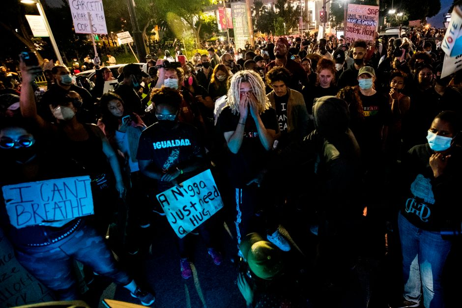 Los Angeles approaches 64,000 coronavirus cases amid protests and reopens