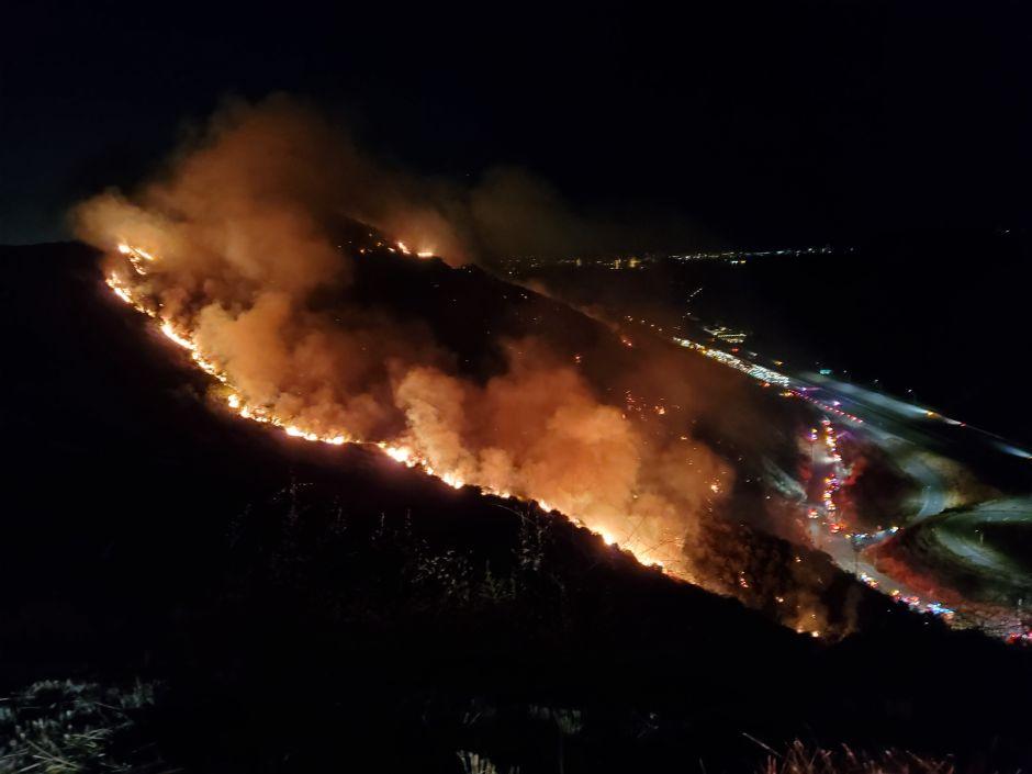 Wildfires begin in Los Angeles area