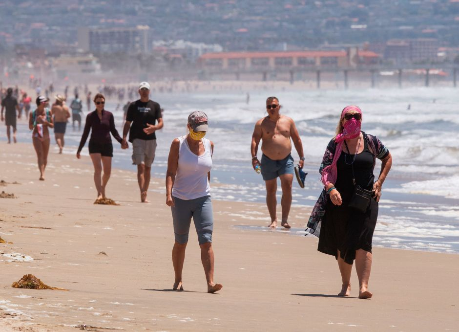 From now on they will fine those who do not wear masks in Manhattan Beach