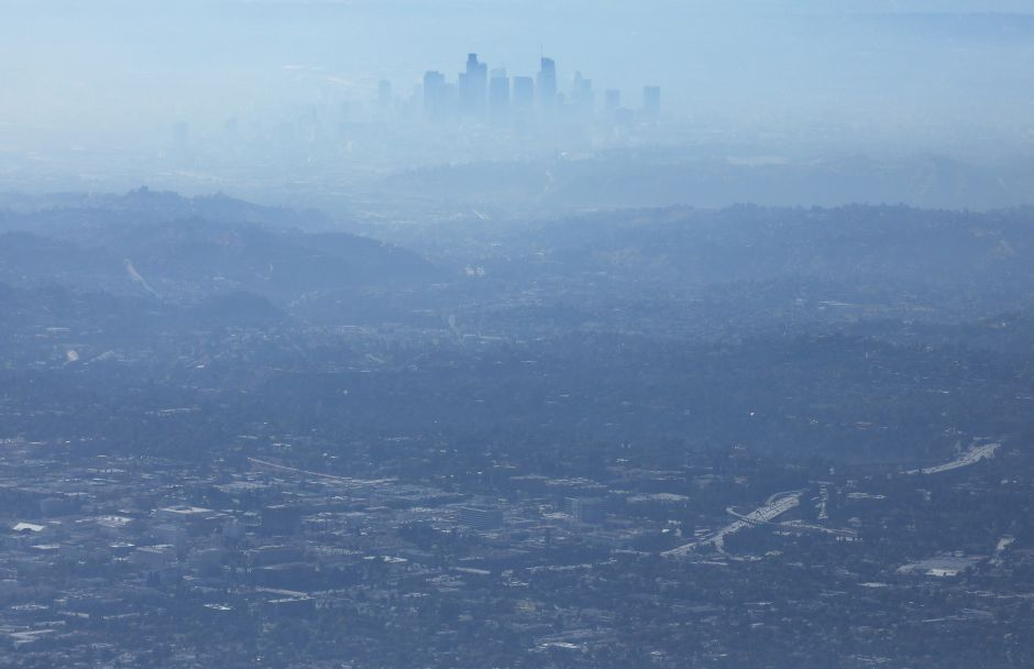 The city of Los Angeles had its worst concentration of smog in the last 30 years last Sunday